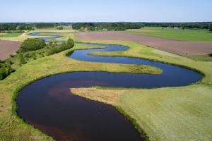 helder water, kaderrichtlijn water, rijkswaterstaat; ruimte voor de rivier, IJssel, Overijssel, drone, luchtfotografie, waterschappen, unie van waterschappen, dijkverzwaring, natuurontwikkeling, riviernatuur, bever, bossen, ooibossen, rivier, Oost Nederland, veranderend klimaat